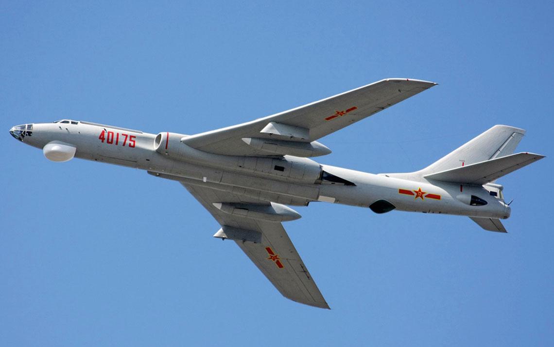 Prototyp nosiciela pocisków do ataku lądowego H-6H oblatano w 1998r. W 2002 r. po raz pierwszy odpalono salwę dwóch YJ-63 do dwóch różnych celów naziemnych.
