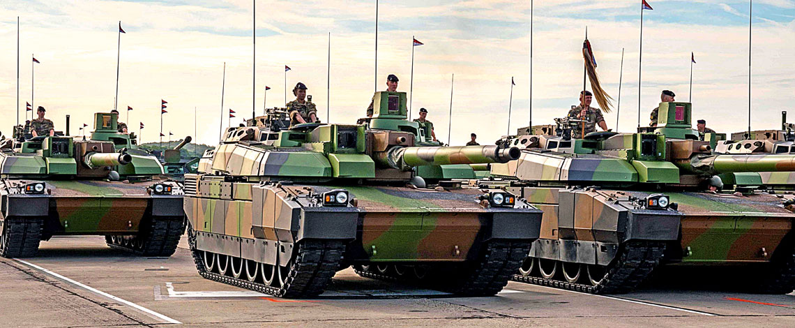 Francuskie wojska lądowe używają dziś wyłącznie czołgów podstawowych Leclerc.