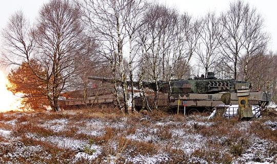 Jedynym czołgiem Bundeswehry jest Leopard 2. Występuje obecnie wwersjach A6, A6M, A7 iA7V, awskładach znajdują się też wozy A4.