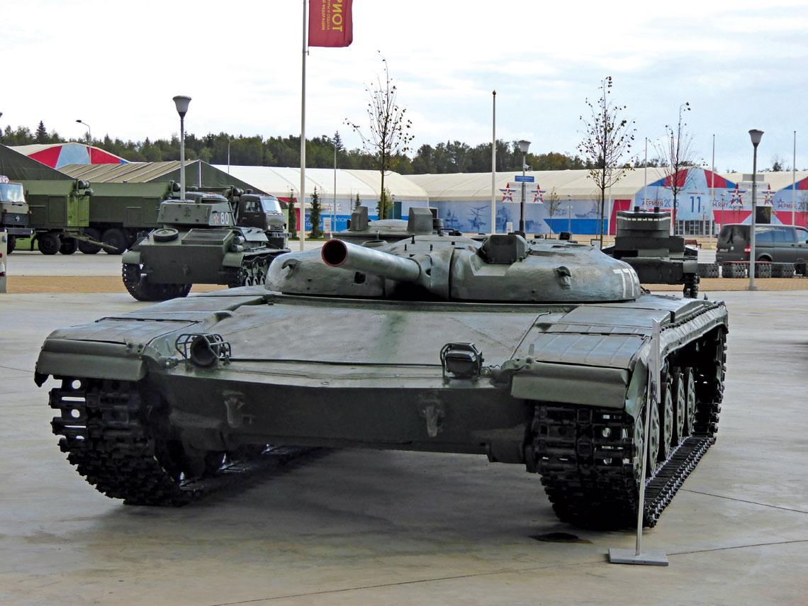 Obiekt 775 i jego uzbrojenie były najbardziej zaawansowane spośród wszystkich radzieckich czołgów rakietowych i inaczej niż w przypadku pozostałych projektów, na jego losie zaważyły nie problemy z rakietą i aparaturą naprowadzania, a kłopoty z nośnikiem.