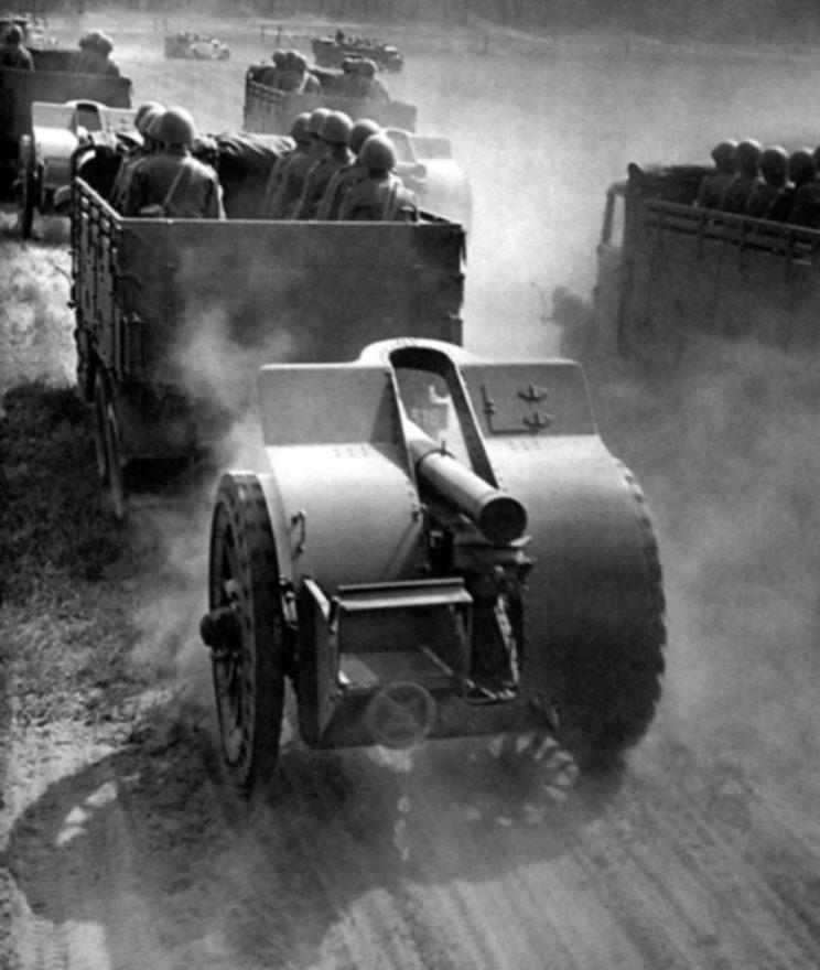 nowocześniejszych haubic vzor 30 – przystosowanych do ciągu motorowego – zdołano dostarczyć jedynie 164 sztuki.