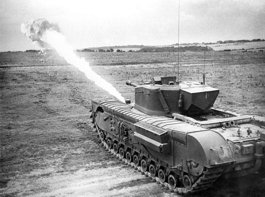 Churchill Crocodile, wyposażony w miotacz ognia, postrach niemieckiej piechoty.