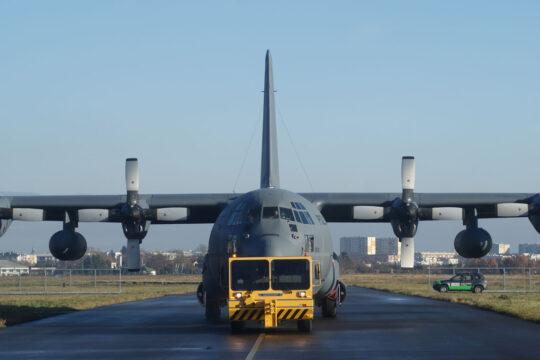 W czerwcu do 33. Bazy Lotnictwa Transportowego w Powidzu powrócił z WZL Nr 2 S.A. piąty C-130E Hercules, który przeszedł w Polsce procedurę przeglądu strukturalnego PDM.