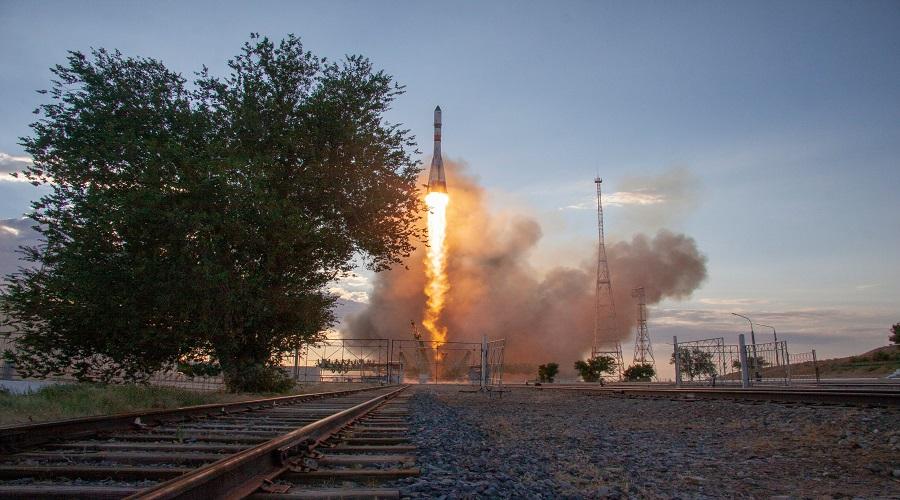 23 lipca z centrum lotów kosmicznych w Bajkonurze wystartowała rakieta nośna Sojuz 2.1a, która wyniosła na orbitę statek transportowy Progress MS-15. Fot.: Roskosmos