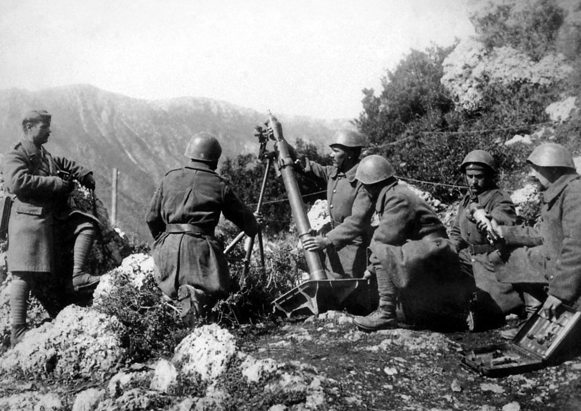 Determinacja i patriotyzm, znajomość terenu, przyzwoite wyszkolenie oraz uzbrojenie ilościowo ustępujące przeciwnikowi, ale porównywalne jakościowo sprawiły, że Grecja praktycznie obroniła się przed włoskim atakiem.