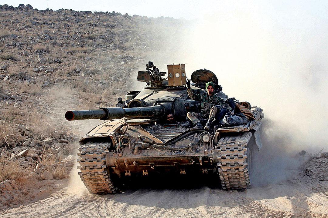 Czołg T-72M1 wyposażony wsystem zakłócający Sarab-1.