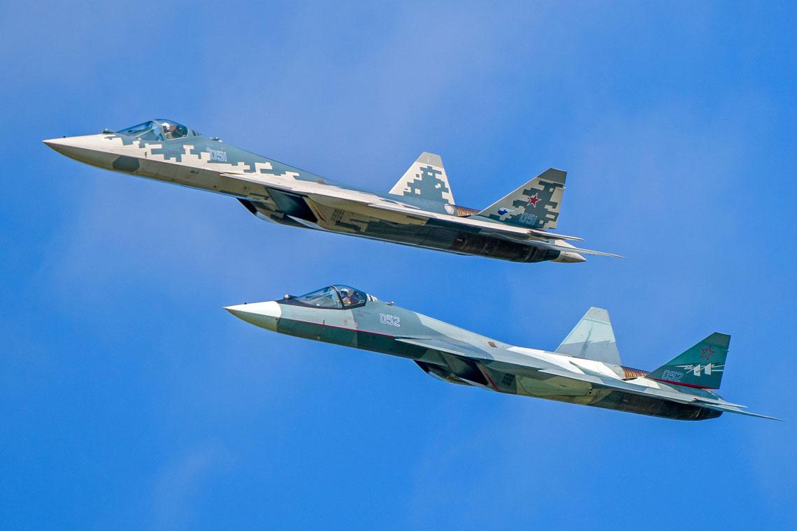 W ub. roku MO Rosji złożyło zamówienie na 76 myśliwców Su-57 do 2028 r., ale większość miała być wyprodukowana w drugiej połowie tego okresu, teraz przesunięto produkcję na wcześniejsze terminy.