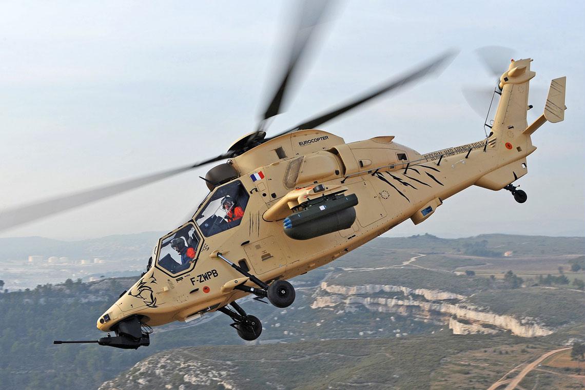 Program śmigłowca bojowego Tigre/Tiger był pierwszym realizowanym wspólnie przez Aérospatiale iMBB i stał się impulsem do utworzenia firmy Eurocopter. Na zdjęciu: pierwszy egzemplarz seryjny wersji HAD dla sił zbrojnych Francji.