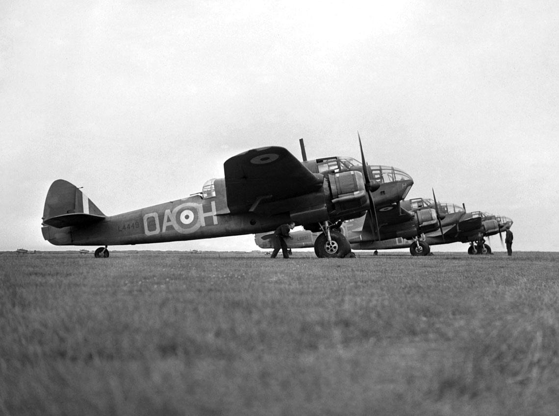 Beauforty Mk I z 22. Sqn w bazie North Coates nawschodnim wybrzeżu Anglii; lato 1940 r.