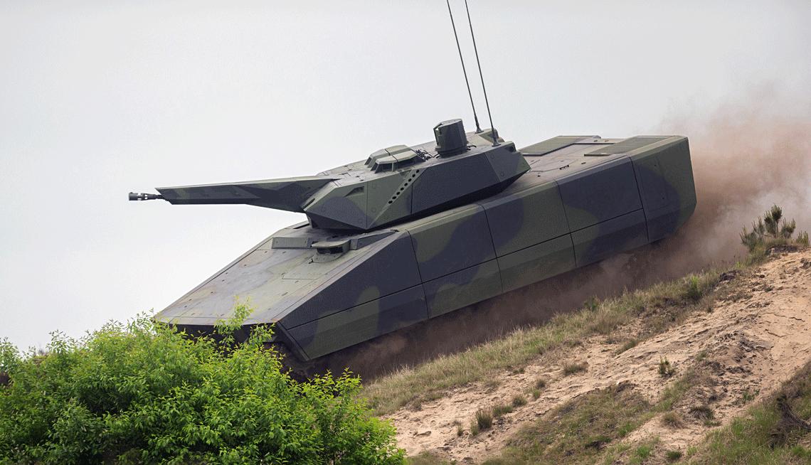 Wybór przez Węgry nieprodukowanego jeszcze bojowego wozu piechoty Lynx KF41, który miał swój debiut zaledwie dwa lata temu, był dużym zaskoczeniem. Była to jednak decyzja głęboko przemyślana.