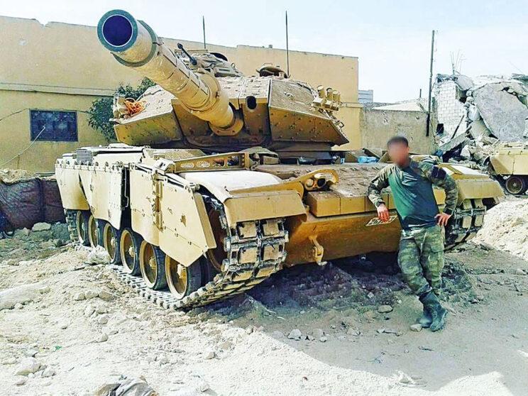 Jeden z M60T biorących udział w operacji Tarcza Eufratu.