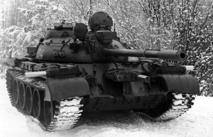 T-55 z kompleksem Zasłon.