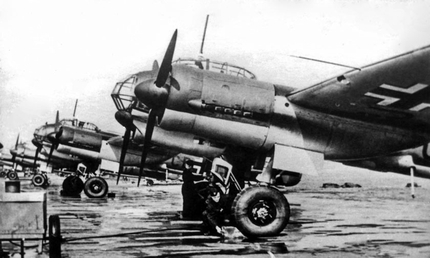 Samoloty Ju 88 A-1 gotowe do przekazania jednostce doświadczalnej Erprobungskommando 88.