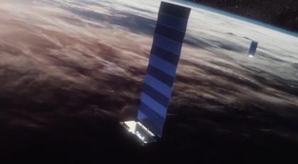 Artystyczna wizja satelity o szerokim polu obserwacji WFOV firmy SpaceX.