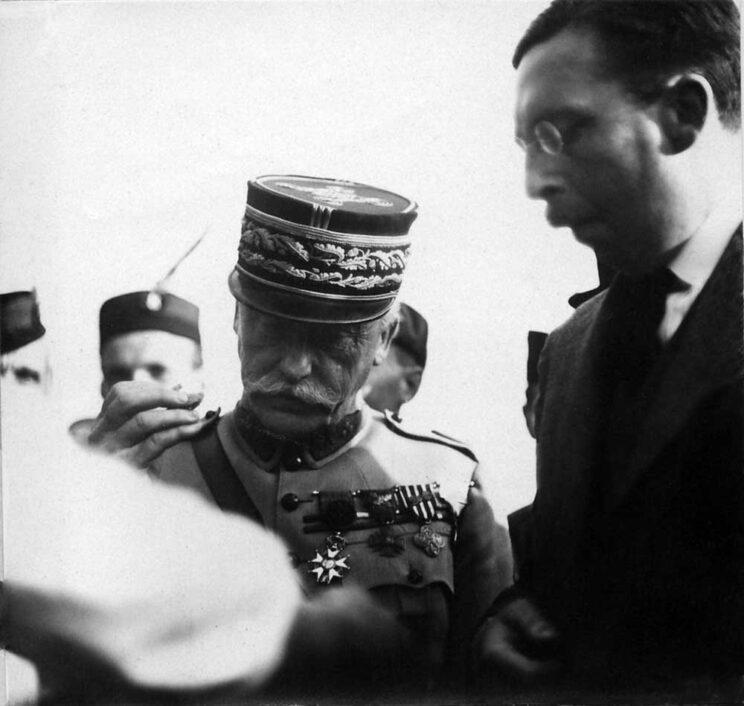 """generał Maurice Pellé, """"náčelník československého Hlavního štábu branné moci"""", czyli szef sztabu generalnego sił zbrojnych CSR. Do 1925 r. armią czechosłowacką dowodzili Francuzi."""