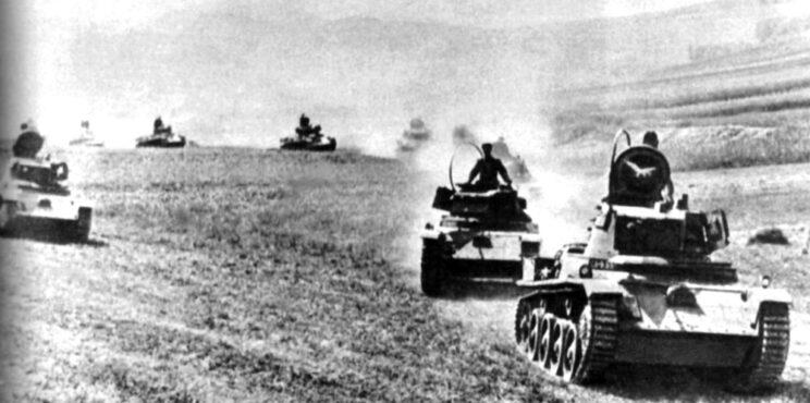 Węgierskie czołgi Toldi na terytorium ZSRR; lato 1941 r.