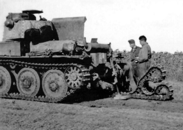 Naprawa węgierskiego czołgu PzKpfw 38(t) należącego do 1. szwadronu 1. Dywizji Pancernej; lato 1942 r.