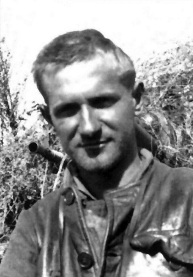 Jeden z najlepszych węgierskich pancerniaków, porucznik Istvan Simon; 1942 r.