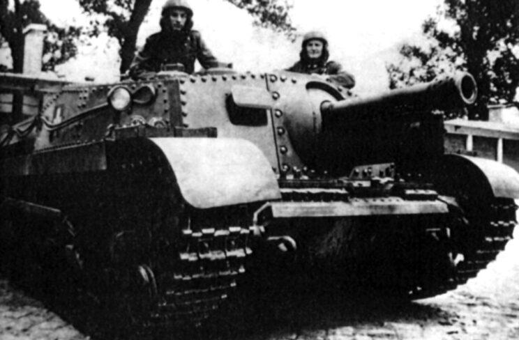 Działo samobieżne Zrinyi II było wyposażone w armatę 105 mm; 1943 r.