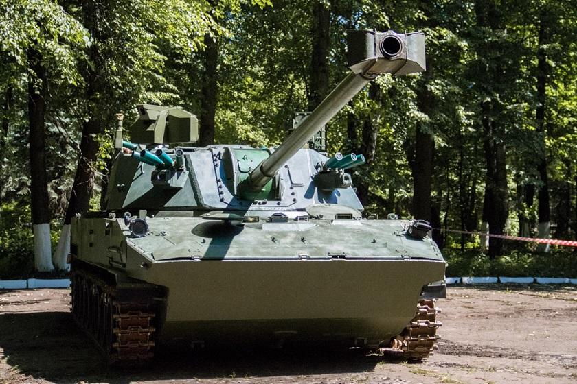 120 mm armatomoździerz 2S42 Łotos