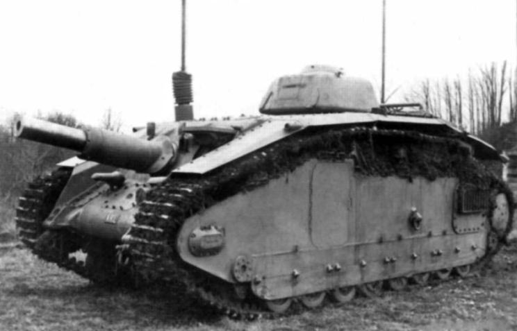 Kawaleria widziała potrzebę wyposażenia artylerii lekkich dywizji zmechanizowanych w działa samobieżne. Miało to głównie dotyczyć dywizjonów armat polowych 75 mm, które miały wspierać piechotę na polu walki ogniem nawprost. Prototyp powstał m.in. w firmie Atelier de Construction de Rueil (ARL), gdzie otrzymał oznaczenie ARL 40, przegrał on jednak rywalizację z rozwiązaniem firmy SOMUA.