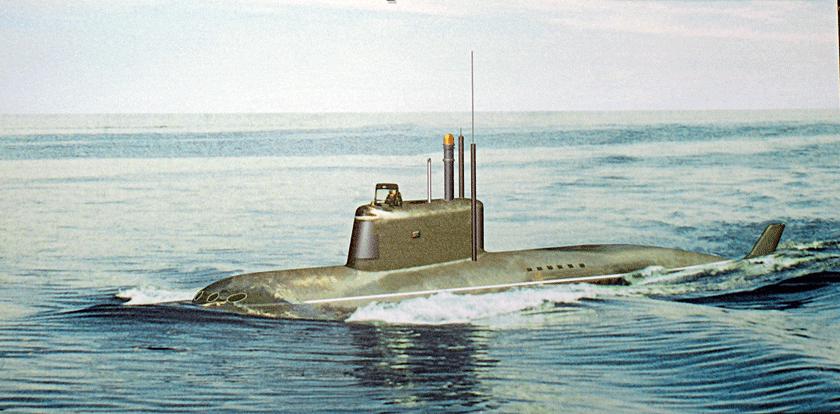 Grafika przedstawiająca mały okręt podwodny typu P-550 w morzu. W rzeczywistości rosyjska oferta jednostek tej klasy, choć konsekwentnie podtrzymywana i rozwijana od dekad, na razie nie doczekała się zmówień ani krajowych ani zagranicznych. Czy najnowszy Sierwał to zmieni?