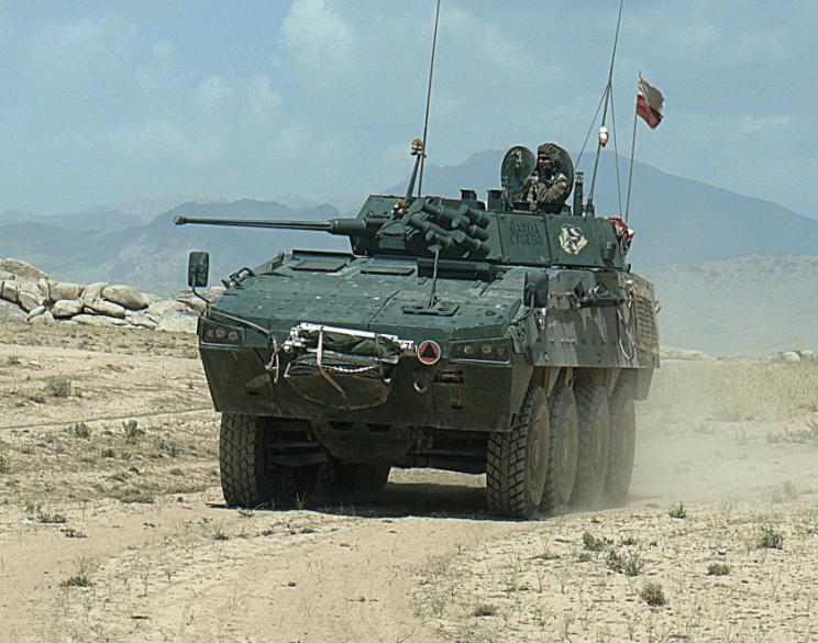 Ogromnym wyzwaniem dla specjalistów serwisu ówczesnych Wojskowych Zakładów Mechanicznych S.A. było wsparcie eksploatacji Rosomaków użytkowanych podczas misji PKW Afganistan wlatach 2007–2014.