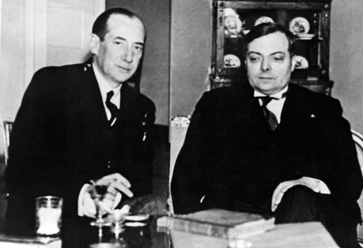 Celem jego polityki było utrzymanie pokoju na tyle długo, aby Polska mogła przygotować się do wojny. Ponadto chciał zwiększenia podmiotowości kraju w ówczesnym systemie międzynarodowym. Zdawał sobie doskonale sprawę ze zmieniającej się na niekorzyść Polski koniunktury światowej.