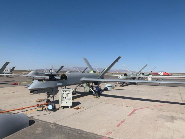 Zdjęcie bezzałogowców CH-4B zamieszczone przez gen. Daramolę.
