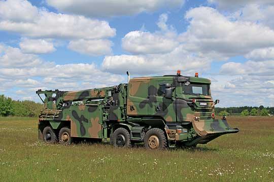 Ciężki Kołowy Pojazd Ewakuacji iRatownictwa Technicznego Hardun jest przeznaczony do ewakuacji zpola walki uszkodzonych bądź ugrzęźniętych KTO, holowania pojazdów, ratownictwa i pomocy technicznej, atakże rozładunku kontenerów. Wlatach 2019–2020 do jednostek trafiło 26 wozów tego typu.