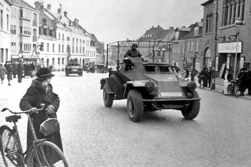 Niemcy przez całą wojnę utrzymywali w Norwegii znaczne siły. Latem 1944 r. było to 370tys. żołnierzy i oficerów, którzy mogliby walczyć zpowodzeniem na innych teatrach działań wojennych.