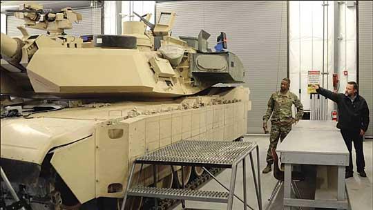 """Instalacja na M1A2C dodatkowych urządzeń i wyposażenia, jak systemu obrony Trophy HV, pogłębia problemy płynące z """"nadwagi"""" Abramsa."""
