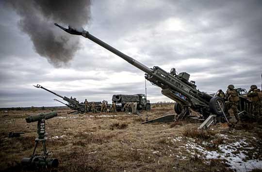 Dowództwo Korpusu Piechoty Morskiej planuje zredukować z 21 do pięciu liczbę baterii ciągnionych 155 mm haubicoarmat M777, które z powodzeniem wykorzystywano m.in. do wsparcia szturmu Ar-Rakki w 2017 r.