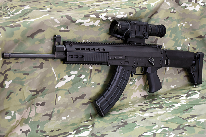 Serbski karabinek automatyczny Zastava M19 jest obecnie najdalej idącą modyfikacją karabinka AK, wreszcie zapewniającą prawdziwą modułowość, a nie jej pozory.