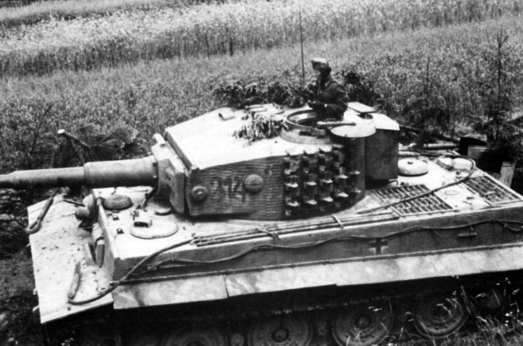 Porucznik Ervin Tarczay, dowódca 2. plutonu – jednego z dwóch, do których trafiły czołgi Tygrys.
