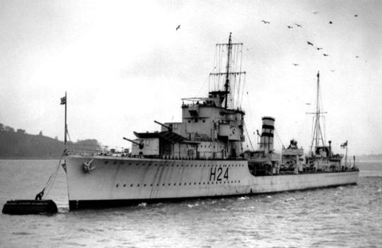 Brytyjski niszczyciel Hasty, jeden z czterech okrętów tego typu, wchodzących w skład 2. Flotylli, dowodzonej przez kmdr. H.S.L. Nicolsona.