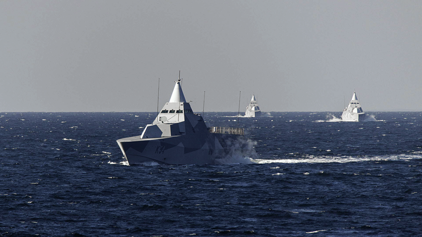 Saab przygotowuje się do modernizacji wpołowie cyklu operacyjnego HTM (halvtidsmodifiering) pięciu korwet typu Visby. Te wciąż niezwykle wyglądające okręty mają już ponad 20-letnią historię, atakże pewne niedostatki, które wkrótce mają zostać wyeliminowane. Po zakończeniu programu posłużą do lat 40.