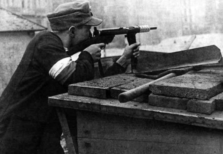 pistolety maszynowe polskiej produkcji