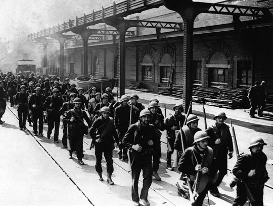 Ewakuowane z Francji jednostki straciły niemal całe swoje wyposażenie ciężkie, ale brytyjski przemysł braki te szybko uzupełniał kolejnymi dostawami uzbrojenia i sprzętu wojskowego.