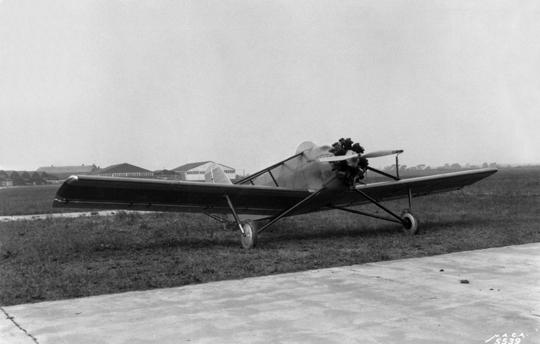 Pierwszy samolot skonstruowany przez Jamesa S. McDonnella Jr. – dwumiejscowy jednosilnikowy dolnopłat Doodlebug. Na początku 1931 r. samolot został kupiony przez National Advisory Committee for Aeronautics (NACA).