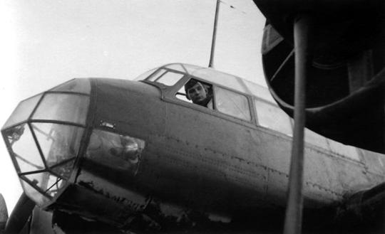 Przód kadłuba samolotu Ju 88 A należącego do KG 77.