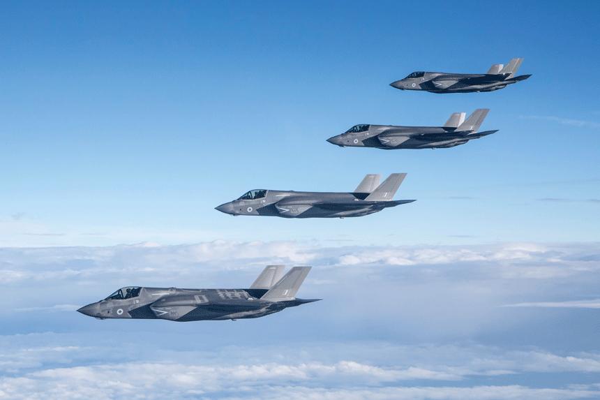 Wkrótce RAF zamieni się w perspektywiczny rodzaj sił zbrojnych, dysponujący nieznanymi wcześniej możliwościami oraz najnowszym uzbrojeniem i sprzętem wojskowym.