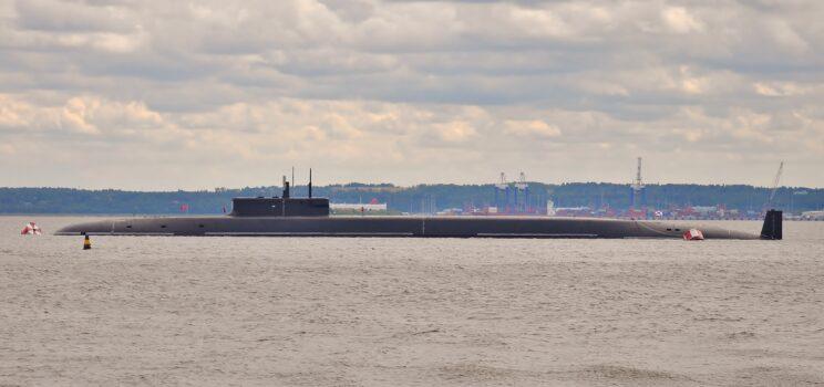 """Największą sensacją był strategiczny K-549 Kniazʹ Władimir, najnowszy rosyjski """"boomer"""". Fot. Galwaner1062/balancer.ru"""