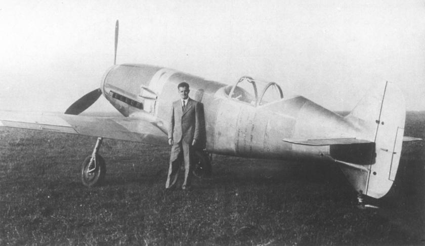 szef pilotów doświadczalnych firmy Messerschmitt, Dr.-Ing. Hermann Wurster, przy Me 209 V1.