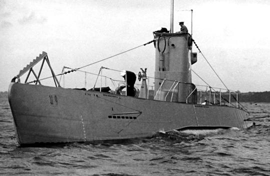 Niemiecki okręt podwodny U 9 (typ II B) na zdjęciu z okresu przed II wojną światową.