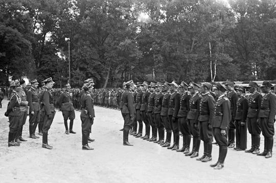 Podstawą tworzenia OM czyli przyszłych brygad pancerno-motorowych miały stać się nadwyżkowe pułki kawalerii o możliwie najkrótszej tradycji i szlaku bojowym.